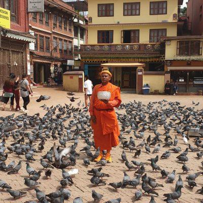 Молчащий монах в Бодданатхе, Непал
